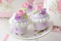 Easter cupcakes / by Madeline Dillard