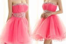 Homecoming / Prom Dress / One-stop designer dress destination for every dress occasion. More on http://www.juicywardrobe.com/clothing/prom-dress