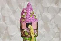 sci-fi/comicbk/fairytale 2 cakes / by Madeline Dillard