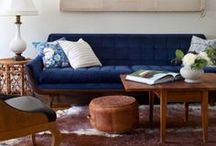 The Living Room / Organization, layouts and decor ideas for that room where you look at a TV.