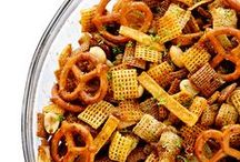 Snack Mix, Party Mix, Gift Mix / Bowls of snacks are always the most picked at during a party or get together. They are also a great handmade gift, because who doesn't love a thoughtful gift, that is also food? Not me anyway!