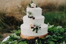 Wedding Cakes + Sweet table