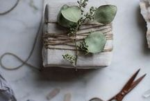 Favors & gift wrapping