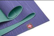 Manduka - vše pro jógu / Nabízíme kompletní sortiment ekologického vybavení na jógu Manduka - jsme oficiálním partnerem této značky pro ČR.