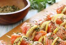Gluten Free Paleo Supper Recipes / Food, dinner, supper, meat, beef, pork, chicken, vegetables, broccoli, cauliflower, rice, carrots, healthy