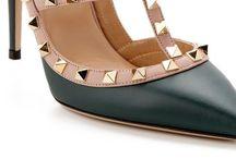 Fashion / Clothes, shoes and more ! Klassisk og rene linjer