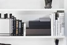 Etagères / Shelves