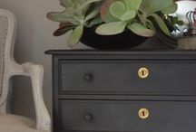 Painted Chairs and other furniture / Ideas for painted furniture projects
