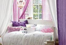 TeenGirls bedroom