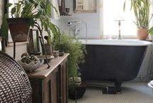 Design - Interior Bathrooms mostly Gray, Black or White / Bathroom designs that mostly have a gray, black or white theme.