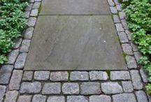 garden ↟ paths / garden paths, pathways, walks, walkways, stone path, gravel path, outdoor paths, outdoor living, garden design