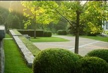 garden ↟ drive + park / driveway, parking court, motor court