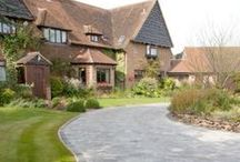 Tips for adding Kerb Appeal to your home / Add some kerb appeal to your home with some of these ideas from driveway paving to pretty gates.