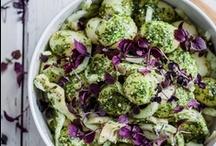 Was gibt's? / meine eigene Zusammenstellung aus gesunden und ungesunden, größtenteils vegetarischen und kohlenhydratreichen Gerichten :D