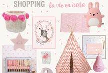 Rose / pink / Je vois la vie en rose ! Cette expression très célèbre reflète parfaitement les caractéristiques de cette couleur, résolument optimiste et souvent associée à l'enfance. Le rose est une couleur douce et apaisante et possède une riche gamme de teintes allant du rose pastel au rose fushia.