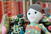 Bonecas e bichinhos cute / by Regiane Garcia
