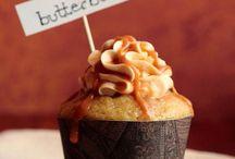 MmmmMmmm / This amazing food, just MmmmmmMmmmmm.....