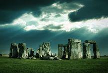 Henge Monuments / Neolithic construction
