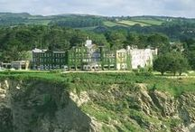 Carlyon Bay Hotel, St Austell, Cornwall. 4 star / From the moment you are welcomed by our friendly doorman, you enter a different world. Discover a truly memorable experience at one of the finest luxury hotels in Cornwall. Just relax and enjoy fine dining, beautiful rooms, swimming pools, luxury spa, our 18 hole championship golf course, and over 250 acres of private grounds where the sea views will take your breath away.