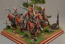 High Elves / Collection of well-painted  Warhammer Fantasy Battle High Elf miniatures.