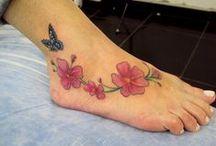 Tattoos - Flores e Galhos / Trabalhos assinados por Cris Maia