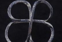 joyas artesanales + objetos + arte / diseño  joyas  en  plata + piedras + inspiraciòn !