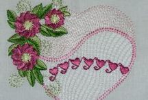 Machine embroidery / Sites for free designs; and designs made with my Brother Innovis 950 Dsewing/embroidery machine