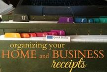 Organizing: Home Businesses / Do you have a home based business? Tips for organizing your home based business and home office. Plus some productivity tips!