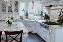 White Kitchens / Collection of pictures of beautiful white kitchens.