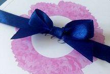 Różowe piwonie / kolory przewodnie: biały, granatowy, szary, różowy motyw przewodni: piwonia projekt, wykonanie, zdjęcia: minwedding  więcej na: http://minwedding.pl/blog/?p=2082  #peonies #navy #pink #wedding
