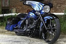 Motorcycles / by Clint Swindell