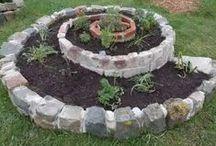 Mon jardin urbain, en permaculture et 100 % naturel / Retrouvez ici mon garde-manger où poussent des trésors succulents !!
