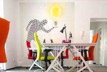 HUB KOLEKTYW - WARSAW / HUB KOLEKTYW to idealna przestrzeń twórczo-biurowa usytuowana w willowej części Mokotowa z ogrodem i chilloutroomem z XBOX.   HUB KOLEKTYW jest miejscem, które sprzyja współpracy, społeczności, dzięki czemu jesteśmy ośrodkiem dla przedsiębiorców, freelancerów, reprezentantów wolnych zawodów, działaczy społecznych czy studentów szukających przestrzeni do tworzenia nowych idei i projektów. Dla każdego znajdzie się miejsce i odpowiednie wsparcie aby Twoja Firma rozwinęła się i osiągnęła sukces.