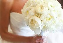 Event Flowers: Whites & Greys