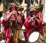 Partypics Tarragona / Eetfeestjes, vuurfeestjes, waterfeestje, religieuze feestjes en dorpsfeestjes. In de Catalaanse provincie Tarragona is er altijd ergens feest.