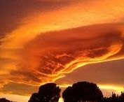 Sunset Tarragona / Een zacht paarse gloed, vlammend oranje of juist dreigend en donker. De zonsondergang in de Catalaanse provincieTarragona blijft boeien.