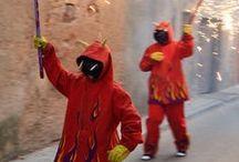 Red travelpics Tarragona / Vandaag is rood, gefotografeerd in de Catalaanse provincie Tarragona en soms daarbuiten.