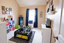 Home - Boys Rooms / by Erin Caruso