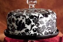Black & White Cakes