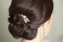 Lovely Wedding Hair Styles / A bride wants to be happy and confident at her big day - let's start with her hair!