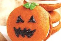 Hallowed Dress-Up / Fun Halloween treats and crafts! / by Houghton Mifflin Harcourt Cookbooks