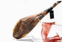 Jamón Ibérico / The Iberian ham Lazaro Fernandez never leave anybody unmoved. If you want a taste explosion, here you will find among a range of possibilities.