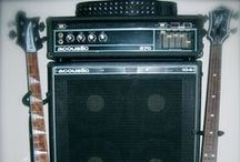 Bass Guitar Amplifiers / Cool amps to make your bass groove and rock!