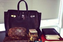 Must Haves in your Handbag / Let's have a look that what other fashionistas bring with them all the time!