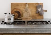 Wonen&Co 2013 / een huis op de beurs....industrieel, beton, blond hout, design, DIY, vleugje fluor.
