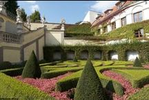 Prague parks and gardens / Prague is full of beautiful parks and gardens to walk and rest.