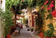 Side Streets & Alleyways
