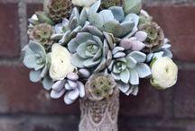Wedding Bouquets / Ideas for your wedding bouquet, colours, styles, size, etc.