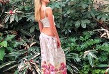 Desert Poppy Loungepants / Beautiful resort wear loungepants in glorious fabrics to suit all shapes and sizes up to plus sizes. Comfortable and very fashionable.