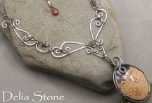 Wire Inspiration / When your creative juices stop flowing, here's the place to get wire-wrapping inspiration!